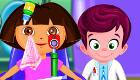 famosos : Dora en el oculista