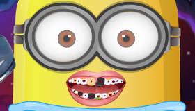 famosos : Un Bebé minion en el dentista