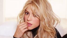 Música : Shakira ft Blake Shelton - Medicine