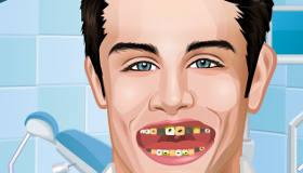 famosos : Tomás de Violetta en el dentista - 10