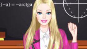 Viste a Barbie en la escuela