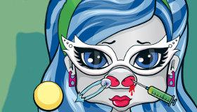 Un bebé de Monster High en el médico