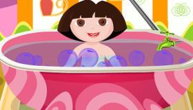 Juego de vestir a Dora