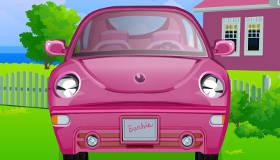 Limpiar el coche de Barbie